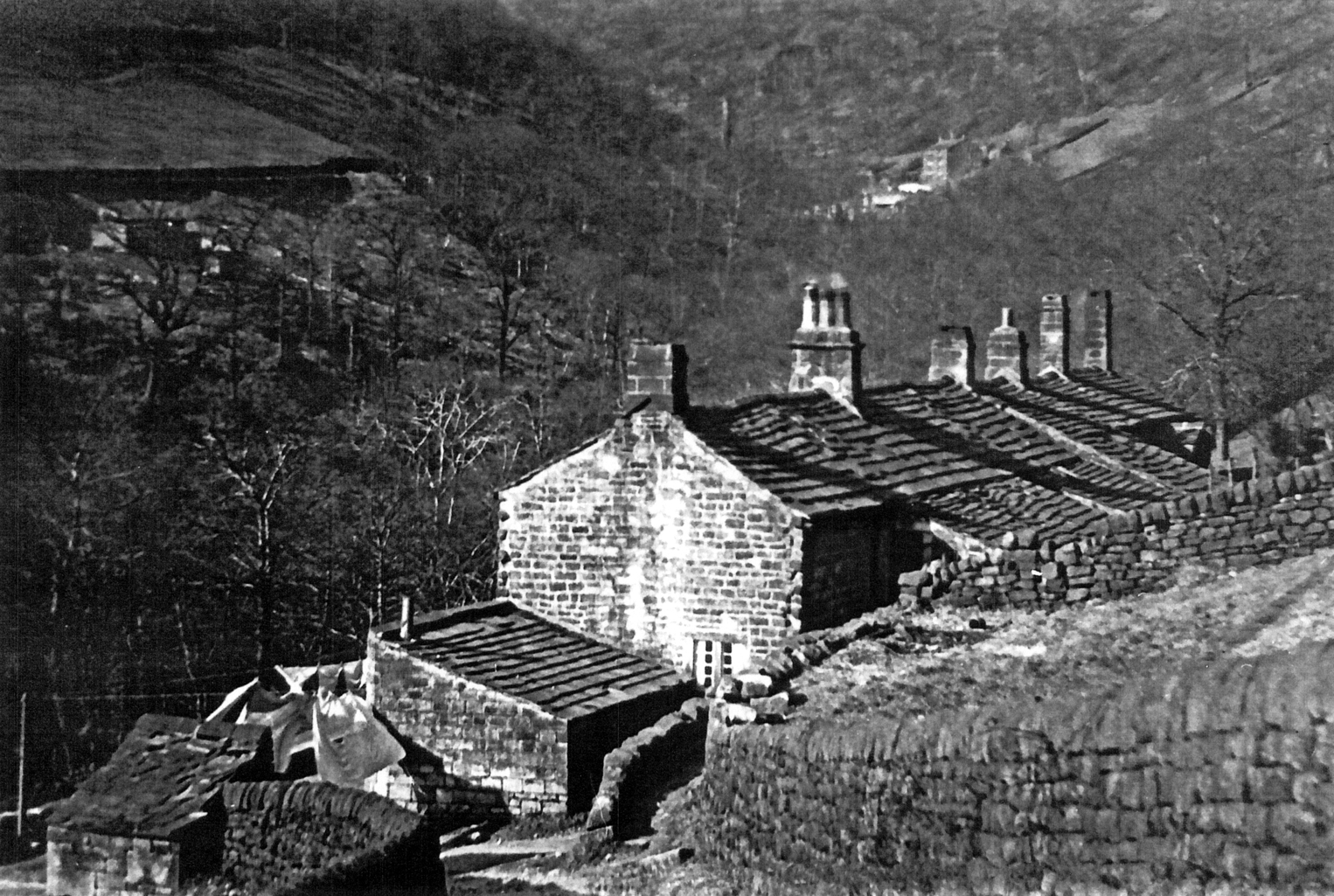 Eaves Cottages 1920